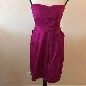Strapless magenta dress w/ pockets